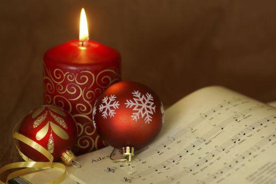 carol-candle-56af716d5f9b58b7d018e8da